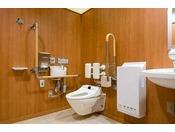 車イス用トイレ東館1階に3ケ所西館3階~6階の各階に1ケ所
