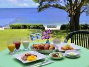 シーサイドレストラン「谷茶ベイ」での和洋朝食バイキング