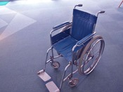 【車いす】館内は車いすで移動ができます。貸出用がございますので、ご予約の際にお申し込みくださいませ。