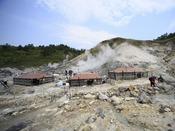 【玉川温泉自然研究路】天然岩盤浴テント