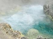 【玉川温泉自然研究路】源泉は1カ所から湧き出る量は日本一と言われています!強酸性でも日本一と言われています!