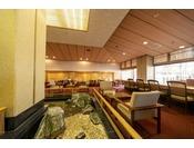 1階喫茶「瀬戸」。趣ある空間にこだわっています♪