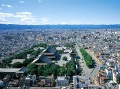 【北】京都タワーでしか見る事ができない景色をぜひ堪能してください。