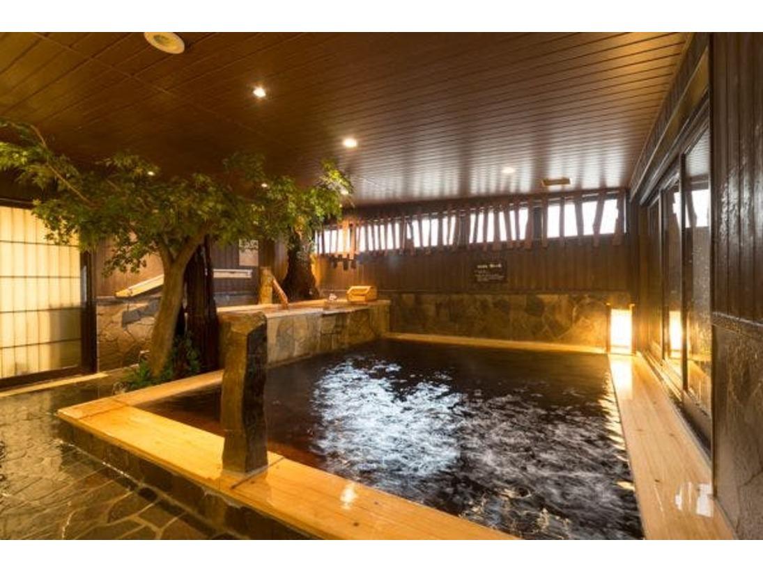 お肌スベスベの上質の天然温泉大浴場を満喫して下さい。