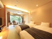 <露天風呂付き客室・粋彩> 和室10帖にシモンズ製シングルベッド2台を設置しております。 ※2階又は4階のお部屋ですが、フロアはおまかせとなります