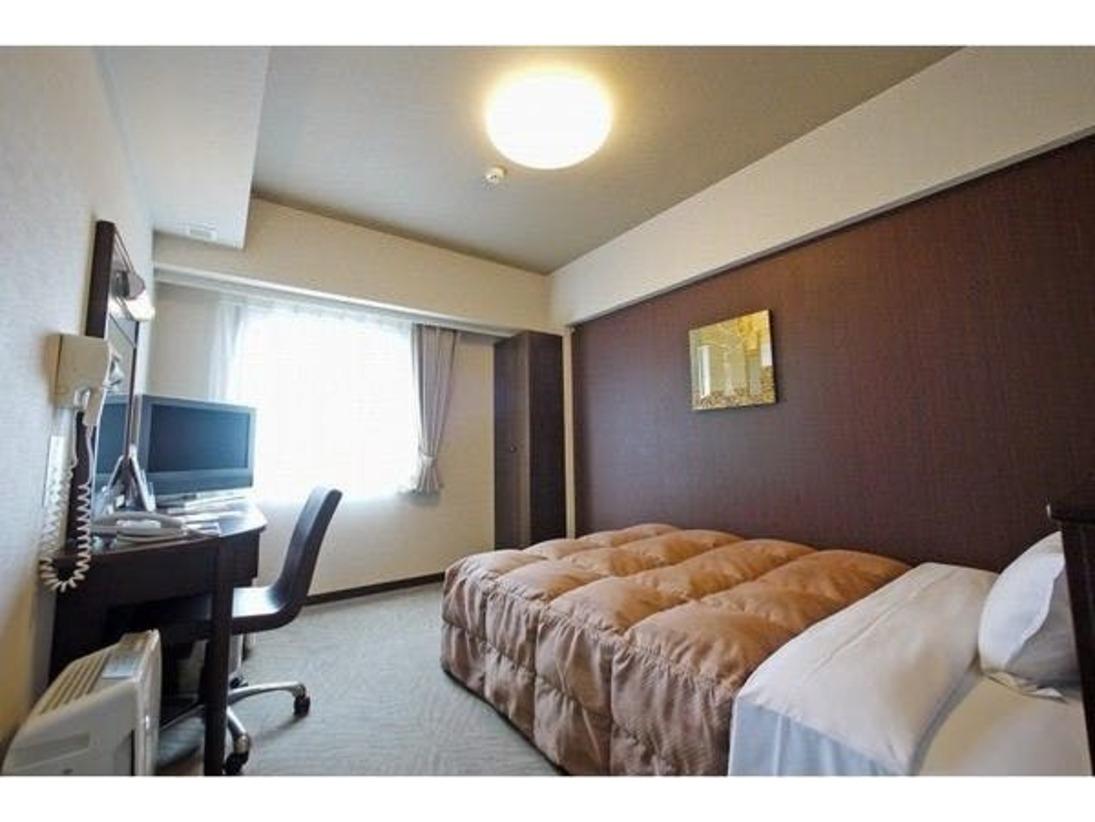 明るく広々したスタンダードシングルルーム。 全室に加湿空気清浄機、LAN回線、Wi-Fi完備!