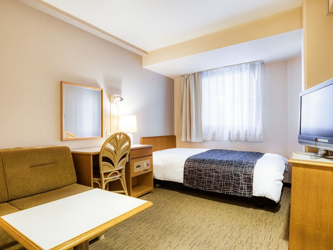 広さ12平米 / ベッド幅120cm×1台