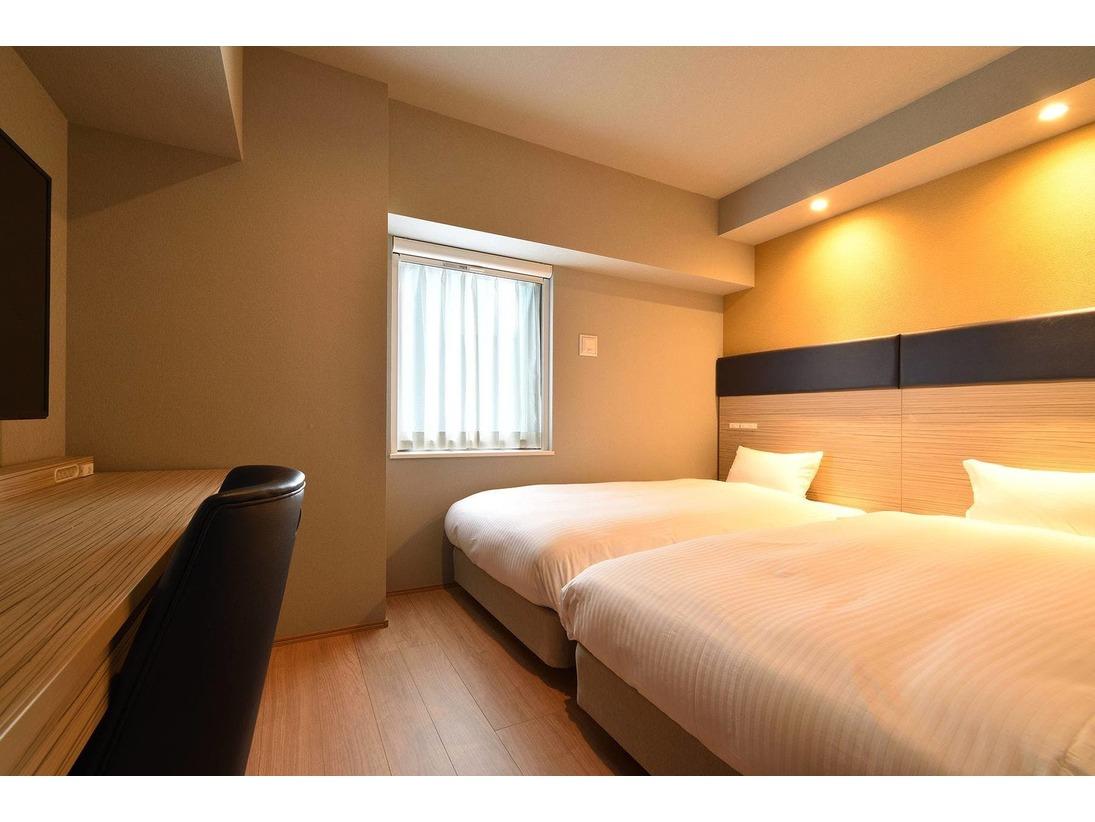 【ツインルーム】15~18平方メートルのベッドが2台のお部屋。
