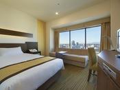 2013年12月リニューアル。シモンズ社製ポケットコイルマットレス採用したシングルルームです。(7階~17階)