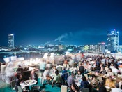 ホテルオークラ新潟は夏に屋上を解放してビアテラスを開催しています。会場から新潟夜景を一望できますよ