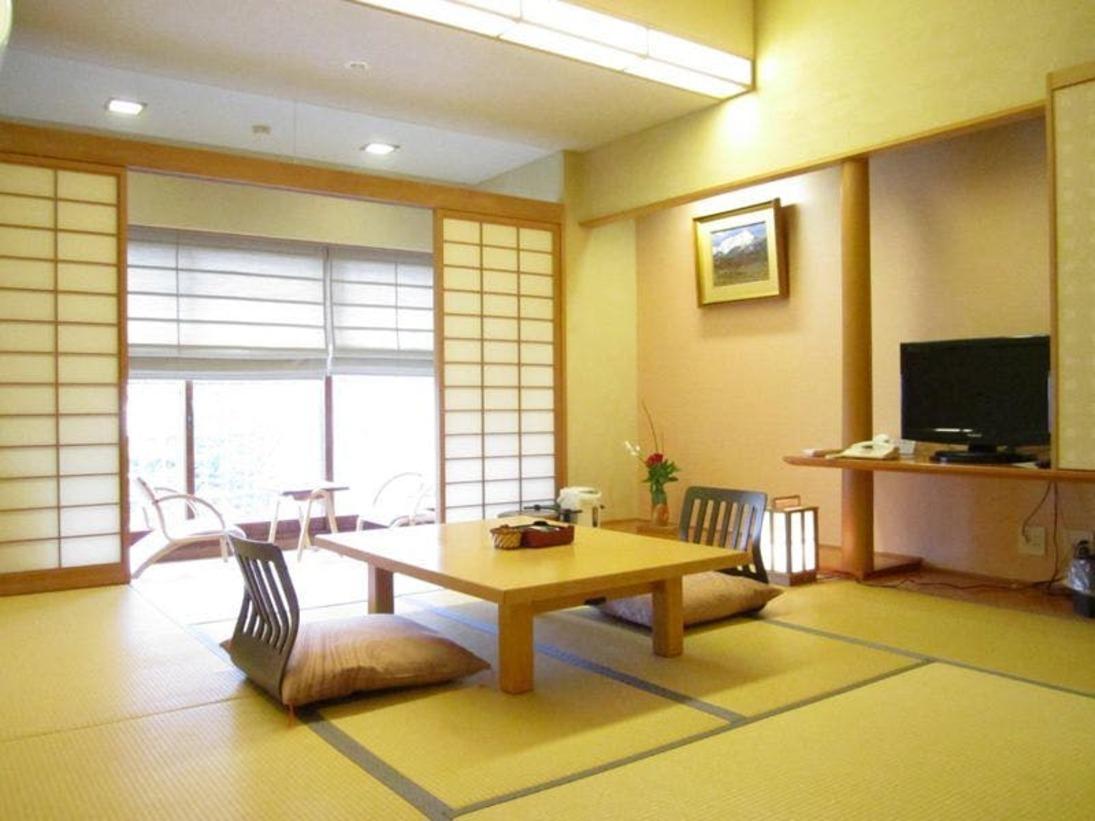 【白水館・碧水亭】和室8畳の一例です