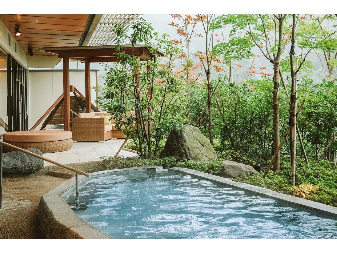 【大浴場】四季の湯(渓谷露天風呂)