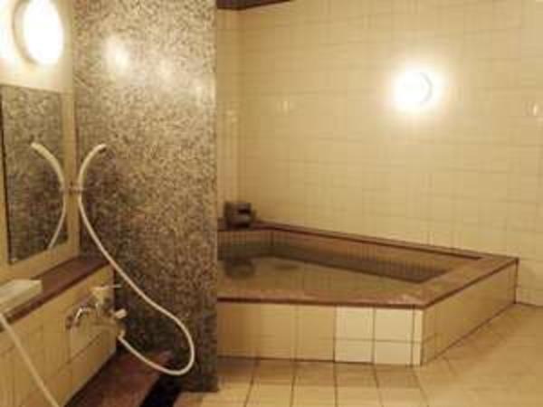 浴場は日ごろの疲れを癒してくれます