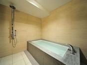 【コンフォート/オーシャンビュー】バスルーム。※お部屋のお風呂は、温泉ではございません。