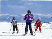親子で楽しもう!徒歩3分「霧ヶ峰スキー場」