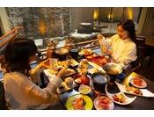 夕食はレストラン。お料理は広島のおいしい味にこだわっています♪