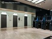 エレベーター・精算機