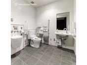 パブリックスペース多目的トイレ