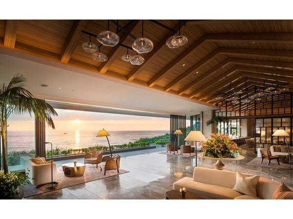 Sunset Wing Lobby