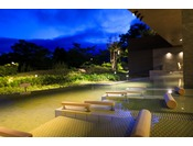 夕食後も露天風呂に浸かり、夜空をお楽しみ下さい。