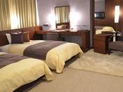 デラックストリプルルーム/45平米の洗練された落ち着きのある客室