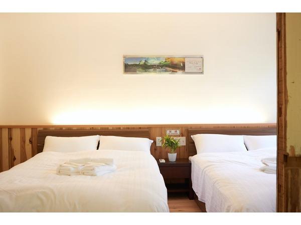 高野:ベッド