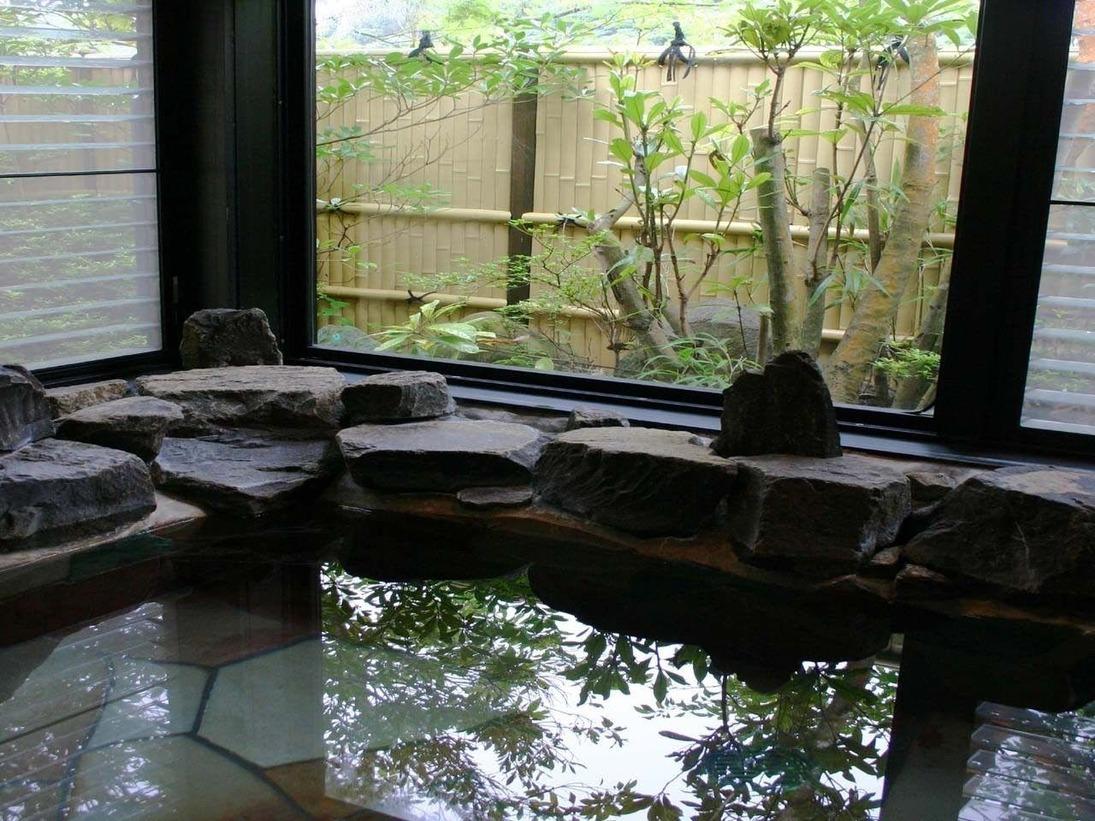 離れ・温泉客室風呂