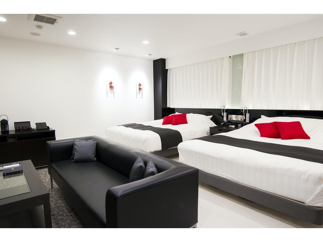【グランスイート】16cm幅のベットが2台、4名様までご利用可能。贅沢な空間を満喫できる!