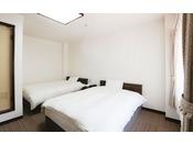 205号室 洋室ツイン 14平米