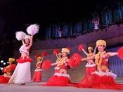 南太平洋の島々のポリネシアンダンスショー