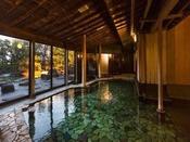 【殿方大浴場】 ※源泉かけ流しの湯をゆったり堪能できる大浴場。