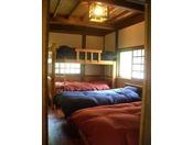お陽さまいっぱいの寝室・・・陽だまりの家