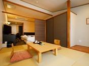 【オーシャンビュー和洋室】畳でもベッドでものんびりゴロゴロ♪寝室を別にしたいグループにもオススメ!