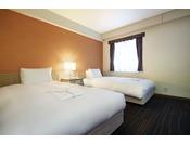 【スタンダードツイン】22平米 ベッド幅1200ミリ×2台