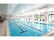 【屋内温水プール】大きさ20×8メートルのプールだから本格的にも泳げちゃう♪