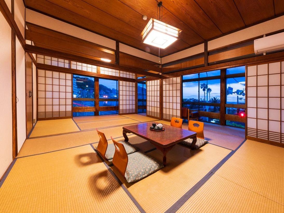【客室一例:和室12畳】足を伸ばして、ごゆっくりとお寛ぎ下さい。