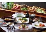 旬の食材を使い、素材の味を生かした創作和食コース料理
