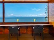 ときめきテラスで海を眺めながら食べる朝食は格別!