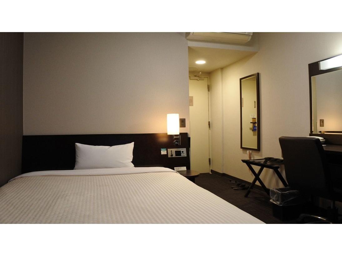 ◆コンフォートシングル◆ちょっと贅沢なひとときを…。上層階にご用意しているお部屋です。ベットサイズはゆったり幅の140cm。お部屋の広さは13平米です。