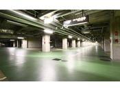 154台収容可能な地下駐車場