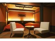 最上階「贅の和洋室・ベッドルーム」例