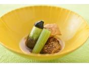 夏の献立一例・夏野菜の炊き合せ