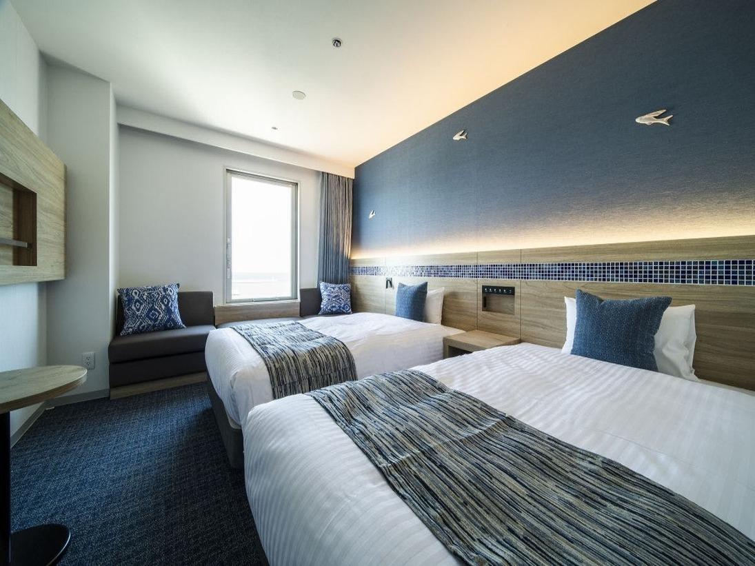 海側ツインルーム/ベッド幅120cm(セミダブルサイズ)/☆カップル、ファミリー、多彩なシーンにご対応☆