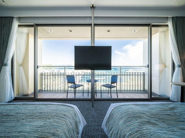 五島灘を一望できる特別なお部屋です