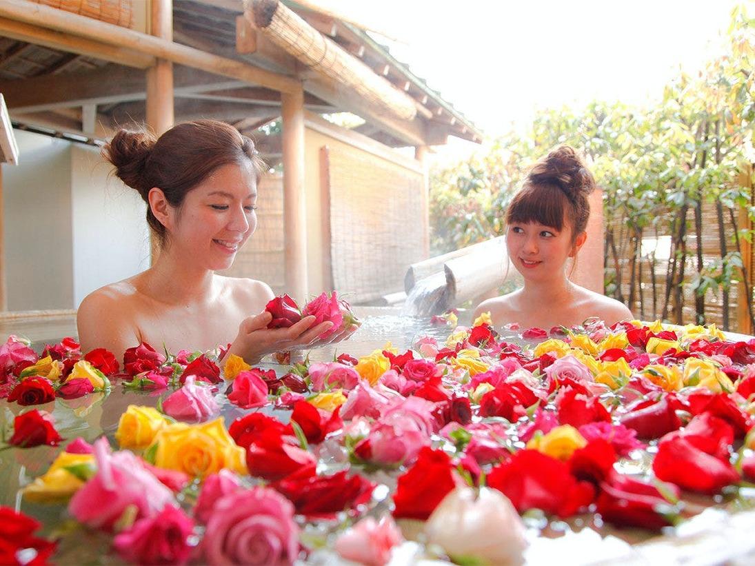 【女性風呂】華やかなバラの香りに包まれて安らぐひと時――