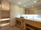 コンフォート和洋室バスルームはセパレートで広々お使いいただけます。