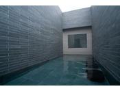 天然温泉大浴場~男性露天~