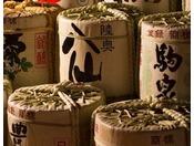 【ヨッテマレ酒場】青森県で造られている地酒の酒樽