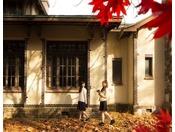 【旧渋沢邸】歴史やロマン、文化を感じる散策スポット