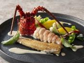 風雅ディナーコース 夏(2020年6月~8月)グレードアップ・オプション:魚介類を伊豆港で獲れた伊勢海老にグレードアップ